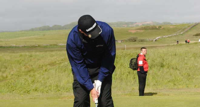 Gary holes out despite the difficult Pro-Am conditions