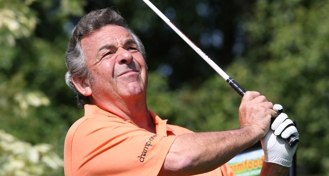 Tony Jacklin CBE to practise his swing on Strictly Come Dancing!